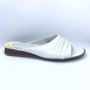 LizFlex By Liz Claiborne Mules Sandals Size 8.5